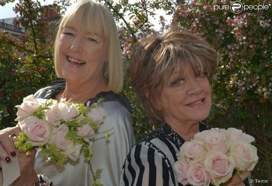 Amanda Barrie (à droite) et sa femme Hilary Bonner, le 12 septembre 2014