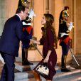 Rania et Abdullah II de Jordanie accueillie sur le perron de l'Elysée par François Hollande le 17 septembre 2014 pour un dîner de travail.