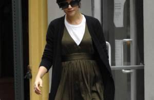 REPORTAGE PHOTOS : Katie Holmes, un super look mais c'est quoi ce... petit ventre ?
