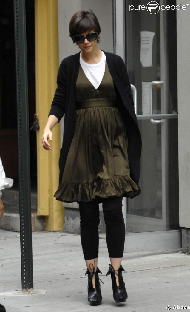 Katie Holmes change de look !