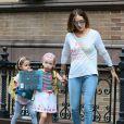 Sarah Jessica Parker accompagne ses filles Marion et Tabitha à l'école à New York. Le 14 octobre 2014.