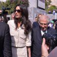 Amal Alamuddin Clooney, la femme du célèbre acteur, arrive au Musée de l'Acropole d'Athènes avec son équipe dans le but de conseiller le gouvernement sur le retour des marbres d'Elgin en Grèce, le 15 octobre 2014.