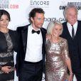 Camila Alves McConaughey, Matthew McConaughey, Kay McConaughey et C.J. Carlig lors du 28e American Cinematheque Award honorant Matthew McConaughey, au Beverly Hilton Hotel, Los Angeles, le 21 octobre 2014.