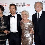 Matthew McConaughey : Héros ému au côté de sa femme, honoré face à sa mère