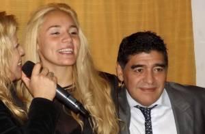 Diego Maradona accusé d'avoir frappé son ex : La vidéo choc...