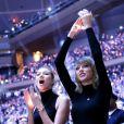 Karlie Kloss et Taylor Swift au Madison Square Garden à New York pour le match NBA New York Knicks - Chicago Bulls le 29 octobre 2014.