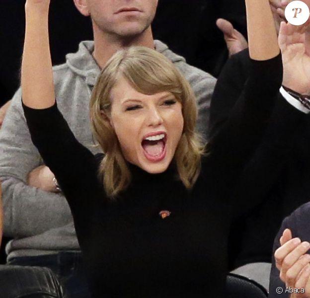 Karlie Kloss, Taylor Swift et Ben Stiller au Madison Square Garden à New York pour le match NBA New York Knicks - Chicago Bulls le 29 octobre 2014.