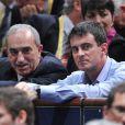 Jean Gachassin, président de la FFT (Fédération Française de Tennis) et Manuel Valls, le premier ministre lors de la demi-finale qui oppose Tomas Berdych à Milos Raonic lors du 7ème jour du tournoi de tennis BNP Paribas Masters au Palais Omnisport de Bercy, à Paris le 1 novembre 2014.