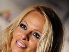 PHOTOS : Pamela Anderson super sexy pour la PETA...