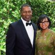 Dennis Haysbert et Cheryl Boone Isaacs lors des Governors Awards à Hollywood, le 8 novembre 2014.