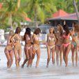 Exclusif - Les mannequins de Victoria's Secret en plein shooting sur une plage de Saint-Barthélemy. Le 9 novembre 2014.