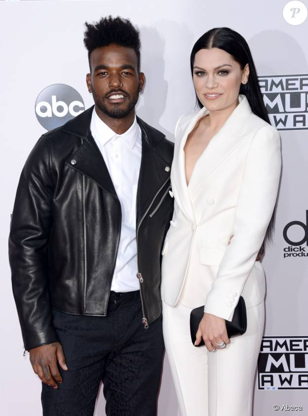 """Jessie J et Luke James - Soirée """"American Music Award"""" à Los Angeles le 23 novembre 2014."""