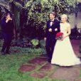 Leah Pipes : Superbe mariée auprès de son père, le 6 décembre, en Californie