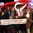 Scènes de joie des habitants du Rocher et coups de canon après l'annonce de la naissance du prince Jacques et de la princesse Gabriella à Monaco, le 10 décembre 2014.