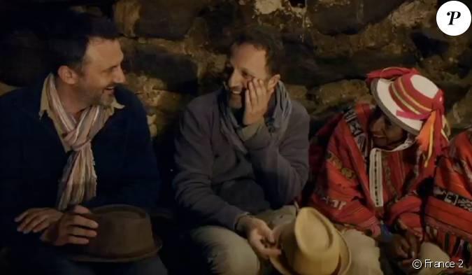 Arthur d couvre avec surprise ses colocataires pour la nuit dans l 39 mission rendez vous en - Arthur motorkap rendez vous ...