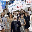 Gisele Bündchen défile au Grand Palais pour Chanel, collection prêt-à-porter printemps-été 2015. À Paris, le 30 septembre 2014.