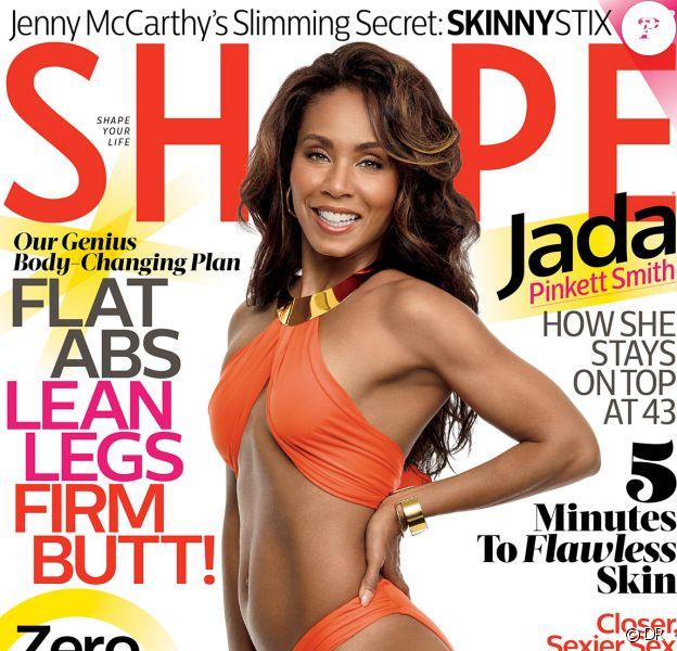 """Jada Pinkett Smith, 43 ans, pose en couverture du magazine américain """"Shape"""", janvier 2015."""