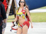 Anaïs Zanotti : Saut en parachute en bikini, la bombe est accro à l'adrénaline