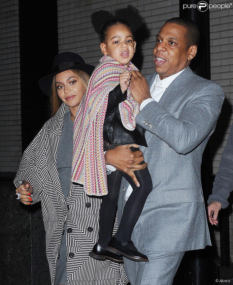 Beyoncé, Jay Z et leur fille Blue Ivy Carter à New York, le 7 décembre 2014.