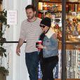 Exclusif - Christina Aguilera et son fiancé Matthew Rutler font leur shopping de Noël au Beverly Glen Market à Los Angeles. Le 21 décembre 2014