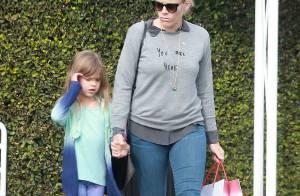 Busy Philipps : Amincie, elle profite d'une virée shopping avec sa fille Birdie