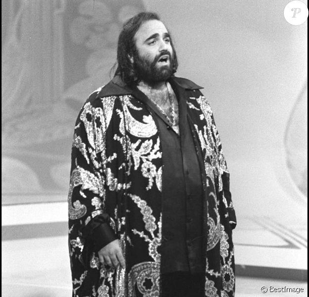 Demis Roussos le 20 novembre 1978 sur le plateau d'une émission de télé. ©Bestimage