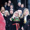 La famille et le couple princier de Norvège  aux obsèques de Johan Martin Ferner, le 2 février 2015 en la chapelle d'Holmenkollen, en périphérie d'Oslo.