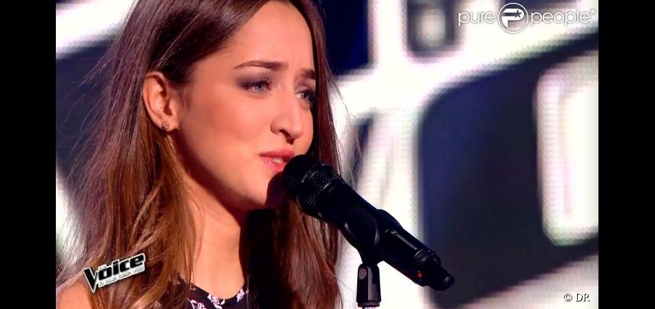 La chanteuse Clémence dans The Voice 4, sur TF1, le samedi 7 février 2015