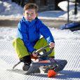 Le prince Frederik de Danemark, la princesse Mary et leurs enfants le prince Christian (9 ans), la princesse Isabella (7 ans), le prince Vincent et la princesse Josephine (4 ans) ont comme chaque année donné rendez-vous à la presse lors de vacances aux sports d'hiver à Verbier, en Suisse, le 8 février 2015.