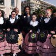 Bernadette Chirac et Christian Karembeu ont fait une halte sous le soleil de Nice dans le cadre de la tournée des Pièces jaunes, le 7 février 2015