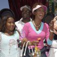 Bobbi Kristina, Whitney Houston et Bobby Brown à Disneyland à Anaheim, le 7 août 2004