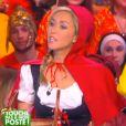 La jolie Enora Malagré : Très sexy en chaperon rouge dans TPMP, sur D8, le mardi 17 février 2015 aux côtés d'Isabelle Morini-Bosc en Marge des Simpsons
