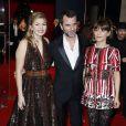 Louane Emera, Eric Lartigau, Marina Foïs arrivent à la 40e cérémonie des César au théâtre du Châtelet à Paris, le 20 février 2015