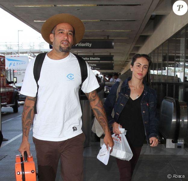 Ben Harper et sa nouvelle fiancée quittent LAX le 11 septembre 2014