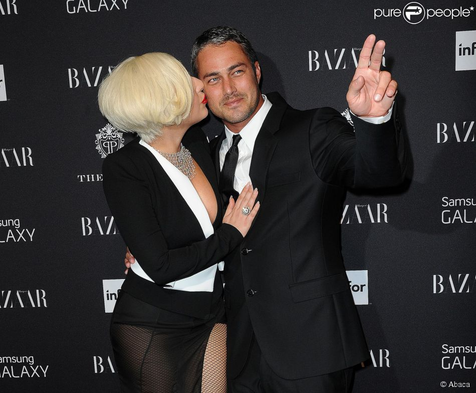 kinney divorced singles personals Super bowl performer lady gaga is dating her agent christian carino meaning things are officially over for her and taylor kinney.