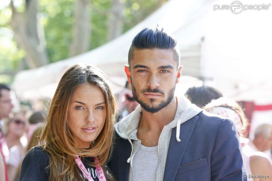 Vanessa Lawrens et Julien Guirado - Arrivée du 15e Rallye des Princesses à Saint-Tropez le 5 juin 2014.