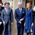 Le roi Carl Gustav de Suède reçu par le premier ministre Manuel Valls et sa femme Anne Gravoin à Matignon, Paris le 3 décembre 2014