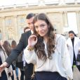 Lorde arrive au Grand Palais pour assister au défilé Chloé automne-hiver 2015-2016. Paris, le 8 mars 2015.