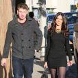 Terri Seymour et son petit-ami Clark Mallon font du shopping a West Hollywood, le 11 decembre 2013.