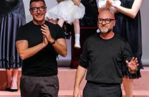 Dolce & Gabbana : Boycotté par Elton John après leurs propos controversés