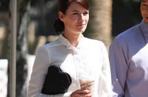 PHOTOS : Lena Headey, alias Sarah Connor, a la classe... et une grande bouche !