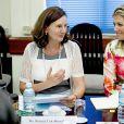 La reine Maxima des Pays-Bas assiste à une réunion à Rangoun le 30 mars 2015 lors de sa visite au Myanmar en sa qualité d'ambassadrice spéciale de l'ONU pour la finance inclusive.