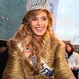Camille Cerf (Miss France 2015), de retour à Coulogne dans le Pas-de-Calais, le 20 décembre 2014.