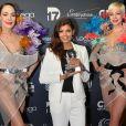 Nawell Madani (globe du meilleur One Man Show) - La 10ème cérémonie des Globes de Cristal au Lido à Paris, le 13 avril 2015