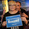 Exclusif - Laurence Boccolini et Nikos Aliagas - Les journalistes et chroniqueurs souhaitent un bon anniversaire à Europe 1 à l'occasion de la journée spéciale des 60 ans de la radio à Paris. Le 4 février 2015.