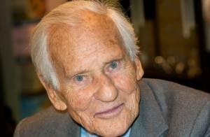 Jean d'Ormesson hospitalisé : Victime d'un malaise sur le plateau de C à vous