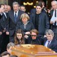 Cendrine Dominguez, Jean-Louis Borloo - Sorties des obsèques de Patrice Dominguez en la basilique Sainte Clotilde à Paris. Le 16 avril 2015
