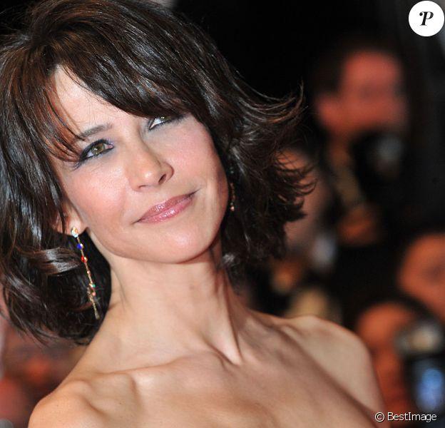 """Sophie Marceau - Montée des marches du film """"Coming Home"""" lors du 67e Festival du film de Cannes le 20 mai 2014."""