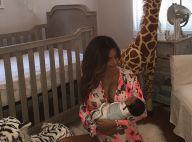 Sarah Stage : Jeune maman au top, déjà svelte 4 jours après bébé !