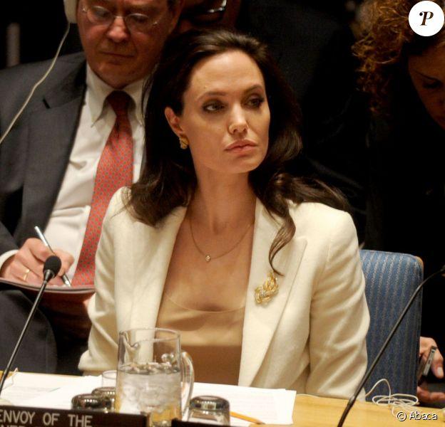 La superbe actrice Angelina Jolie intervient devant le Conseil de sécurité de l'ONU, en sa qualité d'envoyée spéciale du Haut commissariat de l'ONU, le vendredi 24 avril 2015